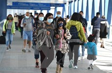 Hong Kong lần đầu tiên phong tỏa một khu vực dân cư vì COVID-19