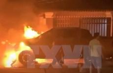 Bình Dương: Làm rõ vụ xe bán tải nghi cán xe máy rồi bốc cháy