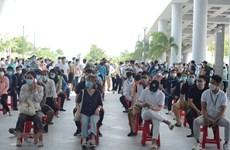 Đà Nẵng xét nghiệm cho hơn 2.000 nhân viên làm việc tại sân bay