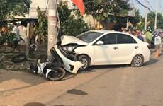 Bình Phước: Xe máy tông đuôi xe ba gác máy, một người tử vong