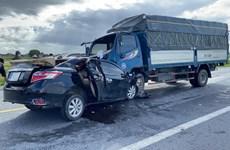 Hưng Yên: Tai nạn nghiêm trọng giữa xe tải và ôtô làm 3 người tử vong