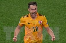 """Chấp nhận """"cửa dưới,"""" Bale tuyên bố sẵn sàng cho trận với Đan Mạch"""