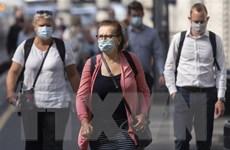 Dịch COVID-19: Cảnh báo nguy cơ xuất hiện biến thể mới tại Anh