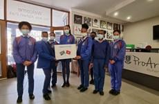 Người Việt tại Nam Phi hỗ trợ các nước châu Phi phòng, chống COVID-19
