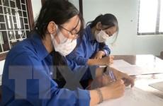 Nhiều cán bộ y tế, thanh niên tình nguyện lên đường hỗ trợ tuyến đầu