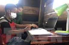 Máy tính cho em: Chắp cánh ước mơ cho học trò nghèo Đắk Lắk