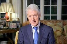 Cựu Tổng thống Mỹ Bill Clinton bất ngờ phải nhập viện