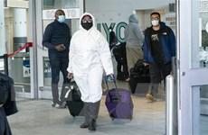 Mỹ mới chỉ phạt tiền 10 hành khách đi máy bay không đeo khẩu trang
