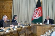 Tổng thống Afghanistan và Ngoại trưởng Mỹ thảo luận về việc rút quân