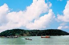 Vẻ đẹp yên bình của Hòn Chuối - đảo tiền tiêu trên vùng biển Tây Nam