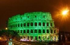 [Photo] Hàng loạt danh thắng trên thế giới tỏa ánh sáng xanh