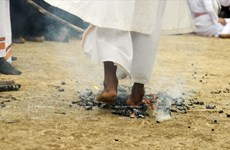 [Photo] Lễ hội đạp lửa đầu năm của người Chăm ở Ninh Thuận