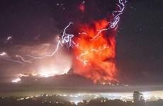 Núi lửa Calbuco ở miền Nam Chile tiếp tục hoạt động mạnh