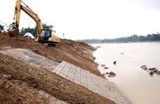 Cà Mau: Mỗi năm hai bên bờ sông bị sạt lở trên 1m