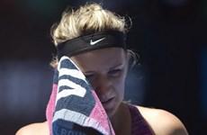 Australian Open chưa hết sốc: Nhà vô địch Azarenka gục ngã!