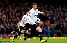 Wayne Rooney lập siêu phẩm từ khoảng cách 50m