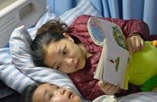 Cậu bé 7 tuổi hy sinh tính mạng để cứu sống mẹ