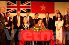 Chính quyền thị trấn cảng Newhaven kết nghĩa với thành phố Vinh
