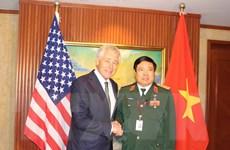 Nhiều nước muốn thúc đẩy quan hệ quốc phòng với Việt Nam
