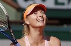 Maria Sharapova ngược dòng vào chung kết Roland Garros