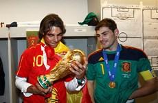 """Nadal cứ vô địch Roland Garros là """"Bò tót"""" có danh hiệu lớn"""