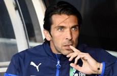 Buffon chính thức lỡ đại chiến với Anh, Suarez ngồi ngoài