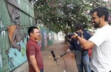 Báo điện tử số 1 Brazil phỏng vấn phóng viên của TTXVN