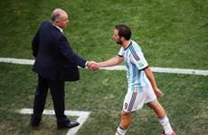 Ghi chép từ khán đài: Hóa ra Argentina còn có Higuain!