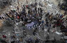 Sợ rocket, người dân Israel ở nhà mua bán đồ qua mạng