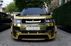 Siêu xe Range Rover bọc vàng gây xôn xao đường phố London