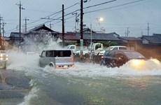 Nhật Bản: Bão Halong đổ vào miền Tây, động đất lớn ở phía Bắc