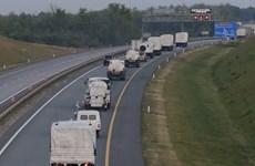 16 xe viện trợ nhân đạo của Nga tiến về biên giới Ukraine