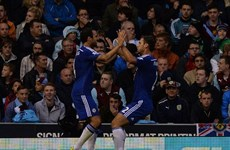 Chelsea khởi đầu như mơ ở Premier League, Barca ra mắt Suarez