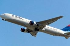 Máy bay phải hạ cánh khẩn cấp vì nữ hành khách sắp sinh con