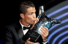 Ronaldo lần đầu giành danh hiệu Cầu thủ xuất sắc nhất châu Âu