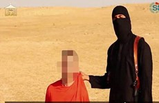 Con tin trong đoạn video của IS là nhân viên cứu trợ người Anh