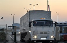Lính Nga luyện tập học cách bảo vệ đoàn xe viện trợ nhân đạo