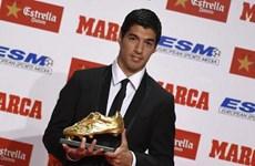 """Luis Suarez hâm nóng trận """"kinh điển"""" bằng Chiếc giày Vàng"""