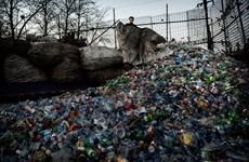 """Cận cảnh """"bãi rác khổng lồ"""" ở thủ đô Bắc Kinh của Trung Quốc"""