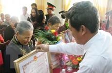 """Hòa Bình: Phong, truy tặng Danh hiệu """"Bà mẹ Việt Nam anh hùng"""""""