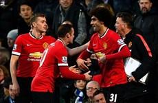 Kết quả: M.U nhọc nhằn giành 3 điểm, Chelsea hủy diệt Swansea