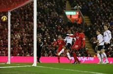Kết quả: Balotelli giúp Liverpool hạ Tottenham, Arsenal lên tốp 4
