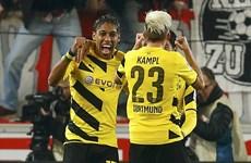 Kết quả: Dortmund nối dài mạch thắng, thăng hạng chóng mặt