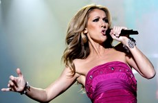 Nữ ca sỹ Celine Dion trở lại Vegas sau kỳ nghỉ vô thời hạn