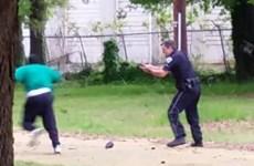 Nhân chứng quay đoạn video cảnh sát Mỹ bắn người da đen lên tiếng
