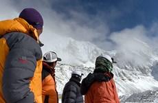 Vẫn còn hơn 150 nhà leo núi mắc kẹt vì trận động đất Nepal