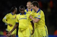 Kết quả: Chelsea chạm tay vào chức vô địch, Real bám đuổi Barca
