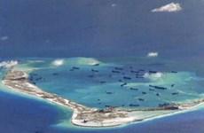 """""""Trung Quốc bố trí pháo tự hành trên đảo nhân tạo ở Biển Đông"""""""