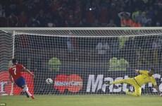"""Video Chile hạ Argentina ở loạt """"đấu súng,"""" vô địch Copa America"""