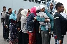 Vấn đề người di cư: Hàng nghìn người đến Italy, Ba Lan tranh cãi